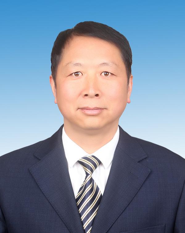 县委常委、县委政法委书记:马殿省